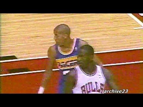 Michael Jordan - 37pts vs Pacers, 1st meeting with Reggie Miller (1988)