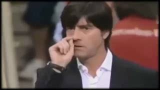 Joachim Löw nose picking // ЙОАХИМ ЛЁВ ЕСТ КОЗЯВКИ Нюхает Яйца и Извиняется / sorry interview