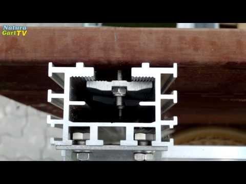 Montage einer NaturaGart Teichbrücke für den Gartenteich
