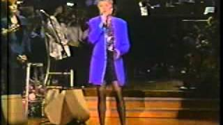 Anne Murray: Snowbird & I Just Fall in Love Again