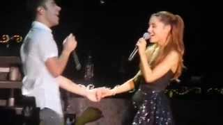 Mix of Almost is never enough - Ariana Grande ft Nathan Sykes  (live/clip) Letra na discrição