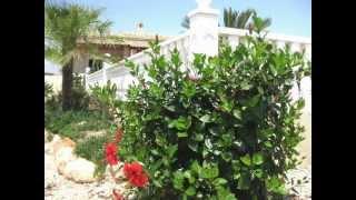 preview picture of video 'Mediterranean Garden Villa Enrique !'
