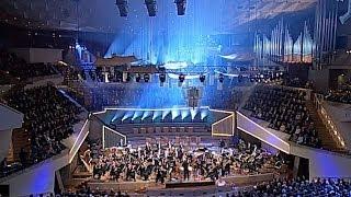 Bernstein: Candide Overture / Rattle · Berliner Philharmoniker