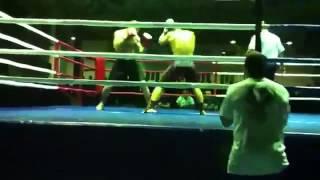 Русский боец грохнул чеченского чемпиона