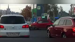 Придурки на дороге, приколы на дороге 2018 3