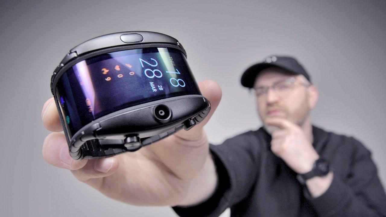 The Most Futuristic Flexible Display Phone thumbnail
