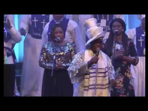 EVANG BOLA ARE HOT PRAISES AT CELEBRATE THE COMFORTER SERVICE OF CCC AND C&S LONDON 2017