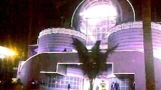 preview picture of video 'CENTRO COMERCIAL BULEVAR NIZA,  ULTIMA VISTA  EN NAVIDAD,  ARQUITECTURA ESPECTACULAR'