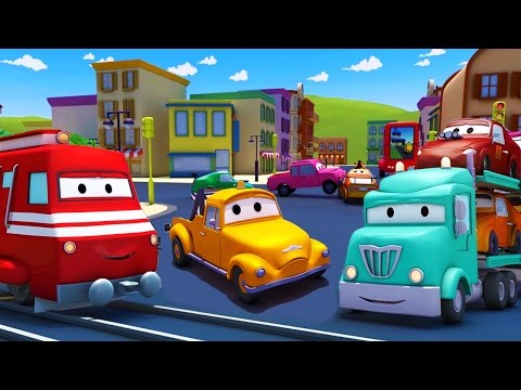 Troy el Tren 🚒 y el Porta Autos en Auto City 🚗 Dibujos animados para niños