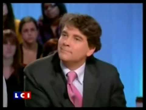 """💥CLASH: Arnaud Montebourg 🆚François Hollande: """"S. Royal n'a qu'un seul défaut, c'est son compagnon"""""""