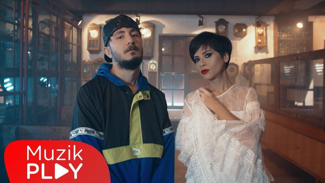 Sehabe feat. Aydilge – Bir Ayda Unutursun Şarkı Sözleri