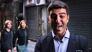 preview picture of video 'Naples: Crazy for Pizza'