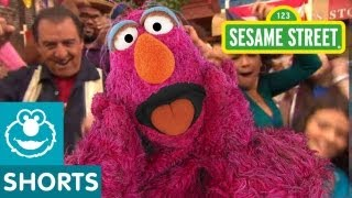Sesame Street: Latino Festival!