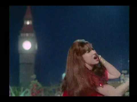 Piya Tu Ab To Aaja (Monica, Oh My Darling!)  -  Caravan