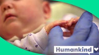 Preemie babies find comfort in arms of NICU grandpa