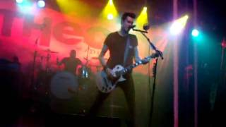 theory of a deadman - little smirk  LIVE in Liverpool