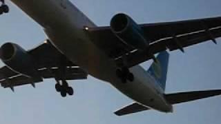 preview picture of video 'atterraggio a321 air finlandia'