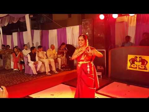 Tamil Bharatanatyam dance performance