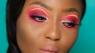 Instagram Makeup Trend Alert: NEON Liner Tutorial | Youkeyy