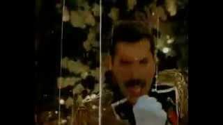 Freddie Mercury - Living on my own (1985).mp4