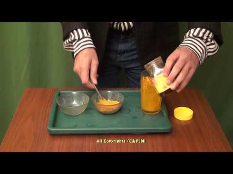 Kuko halamang-singaw paggamot lemon at langis ng halaman ng selandine