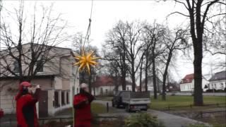 preview picture of video 'Weihnachtsstern in Kastanie Installieren Velten Breite Straße'