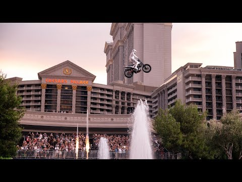 Honoring Evel Knievel with an Awesome Bike Stunt