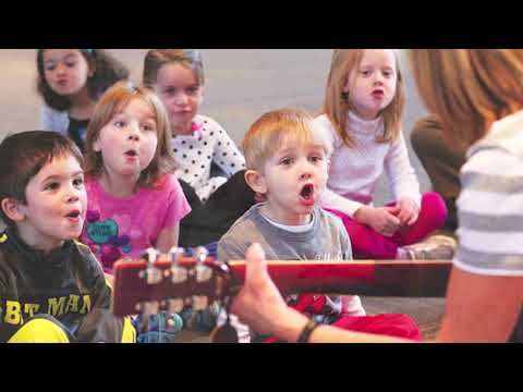 Piano classes for Preschoolers! Curriculum:  Singing Time, Lesson time, Activity time, Music & Movement, Fun craft time & Snack time.