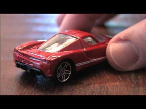 ENZO FERRARI Hot Wheels review by CGR Garage