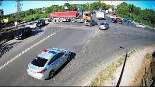ДТП в Серпухове. Внезапный грузовик.. 20 июня 2018г.