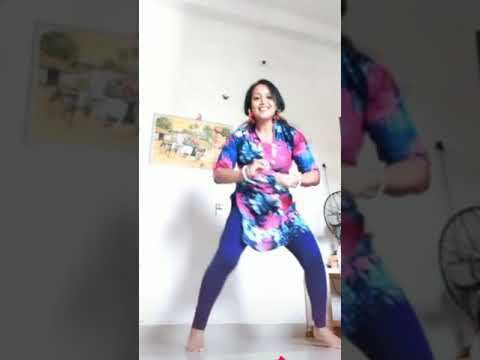 Beautiful Aunty Dance