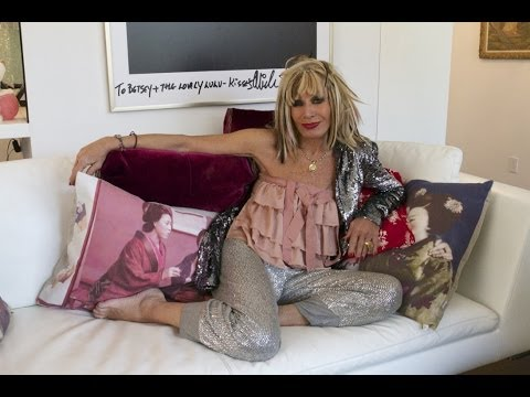 , title : 'My Way or the Highway: Betsey Johnson'
