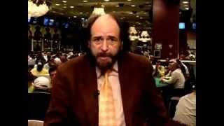 Смотреть онлайн Самые важные секреты игры в покер
