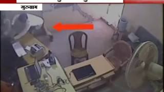 Caught on Camera: 2 women prevents robbery in SBI by snatching Pistols from Robbers