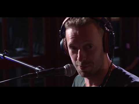 Chris Martin Performing Yellow On The BBC  Radio 1 Live Lounge Mp3