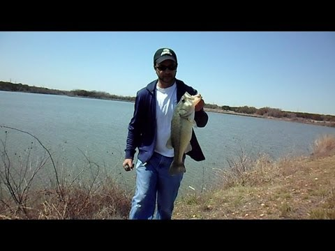Austin Texas Reservoir Bass Fishing | Best $1.96 Ever Spent On A Lure