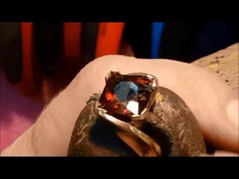 Setting a Garnet Ring at Trios Studio