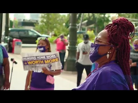 Unions rally in Detroit for better pay, benefits