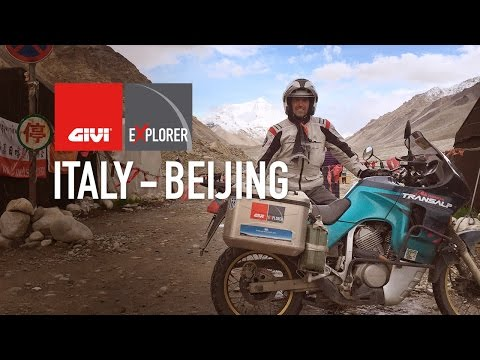 Three friends share the same passion for motorcycles. One day they climb onto their bikes to make a huge dream come true: to take the longest trip ever attempted with their bikes, two Honda Transalps and an Africa Twin.