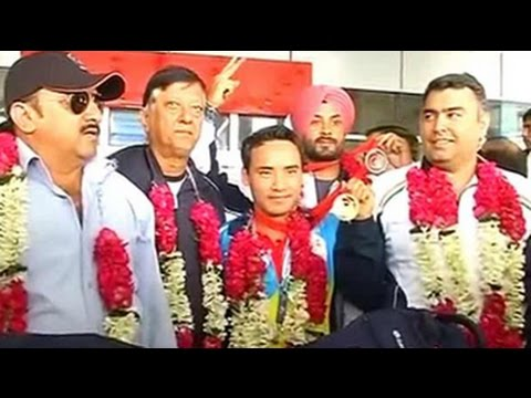CWG 2014: Indian shooters return home to warm rece