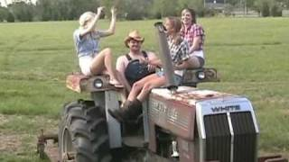 Kenny Chesney - She Thinks My Tractors Sexy Cajun Style - Music Video