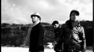 En Medio De La Calle - D'Nash  (Video)