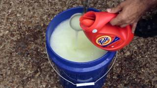 Make Your Own Homemade Laundry Detergent... Its Fast, Safe, Easy, And Cheap.  Save LOADS!