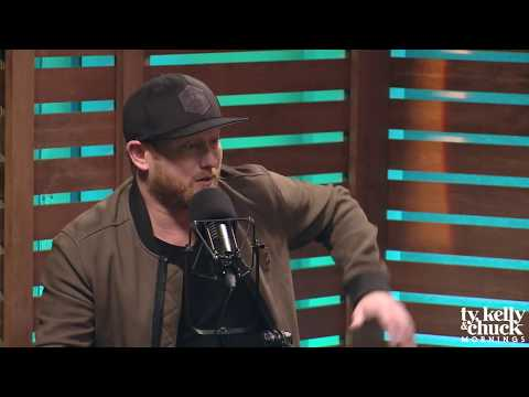 """Cole Swindell Describes How New Song """"Break Up in the End"""" is Impactful - Ty, Kelly & Chuck"""
