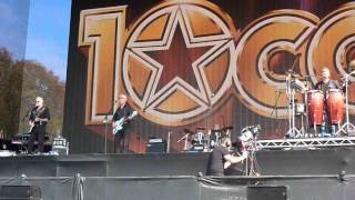 10cc 05 Life Is A Minestrone (BST Hyde Park London 13/07/2014)