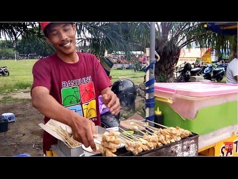 Video Street Food - Sate Tahu di Alun-Alun Ponorogo
