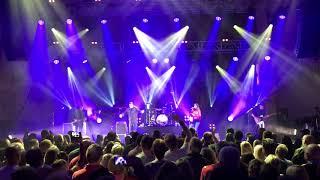 Paul Heaton & Jacqui Abbott - Song for whoever - Bridlington Spa 08.12.17