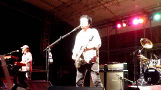 STEVE LUKATHER A SARZANA 28 7 2011 Can't Look Back   Part 1