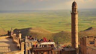 preview picture of video 'Mardin Ulu Cami Minaresinden Akşam Ezanı Adhaan From Mardin Turkey'