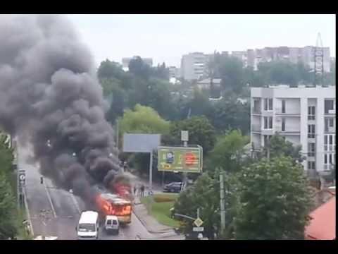 Во Львове загорелся еще один троллейбус